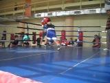 кам-поляны 07.10.12.бокс , нокаут ,удар, мощно, в челюсть, перчатка, шлем,ринг.